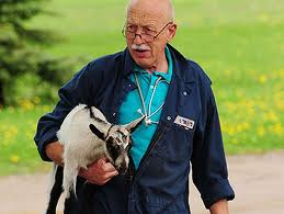 Dr. Jan Pol with goat.669