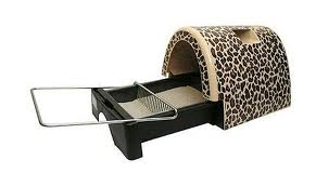 Kitty A GoGo Litter Box.657