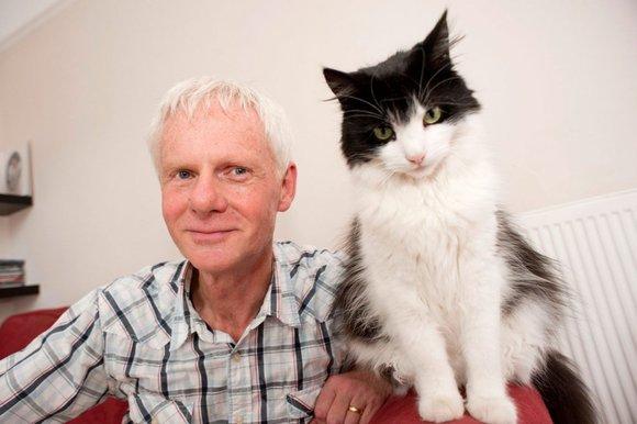 John Bradshaw is on Animal Radio