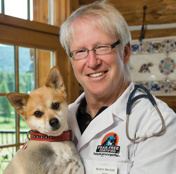 Dr. Marty Becker is on Animal Radio